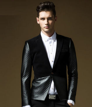 http://www.perfectmensblazers.com/shop-mens/outlet/men-clothing/blazers-modern-tone-quilted-leather-and-velvet-black-blazer-p-523.html