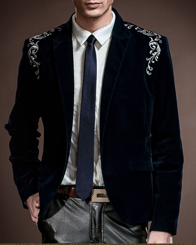 velvet blazer in navy-blue with embroidery and floral designs